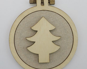 Christmas Tree - Laser cut embroidery hoop with quality textile