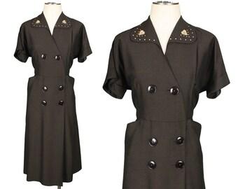 vintage 1940s dress • big buttons & pockets HEARTS detail dress 33 waist