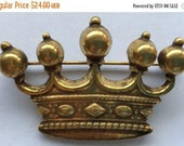 ON SALE Vintage Accessocraft Crown Brooch