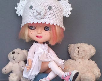 Cute white dress with and matching animal hat for Blythe or Pullip