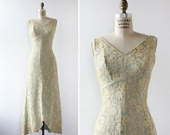 Vintage Lace Dress S/M • Fishtail Dress • Vintage Maxi Dress • 60s Dress • Ivory Lace Dress • Vintage Prom Dress • 60s Prom Dress | D826