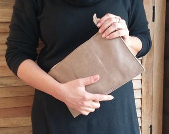 Beige leather zipper clutch, zipper leather pouch, crossboddy leather bag, leather wallet, women leather purse, small leather shoulder bag