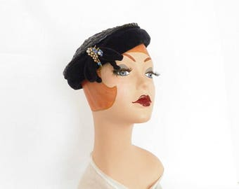 Vintage tilt hat, 1950s navy blue with rhinestone pin