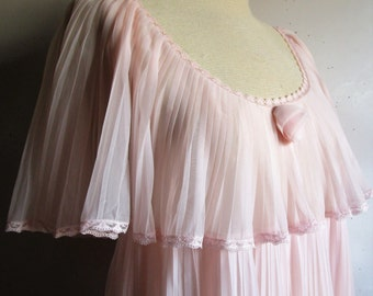 Vintage 1970s Blush Night Gown Kayser Accordian Pleat Chiffon Nylon 70s Lace Trim Maxi Night Dress Medium