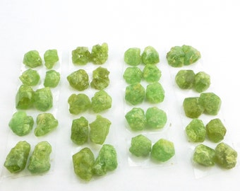 GARNET. Demantoid Garnet. Natural. Flat Back. EZ Setting. Rough Stones. Rough Top Cab. MATCHeD PAiRs. 10 pc. 10 - 11 cts. 6x7 mm (Ga780)