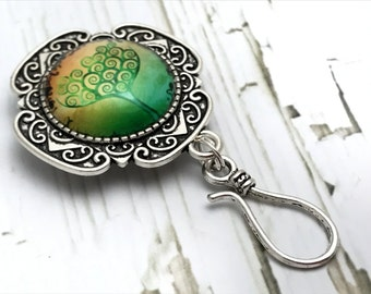 Magnetic Spring Green Tree Portuguese Knitting Pin - ID Badge Holder- Gift for Knitters-  Accessory Jewelry - Yarn Guide, Coworker Gift