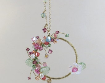 Delicate Wirewrap Necklace, Beautiful Pendant with Pearls, Mother of Pearl & Swarovski Crystal w Czech Glass 14KT Goldfill Handmade Necklace