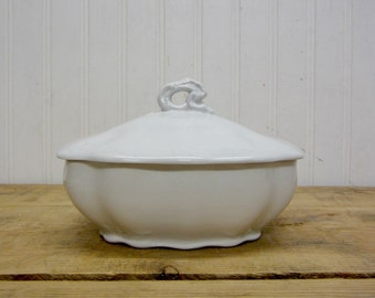 VIntage Johnson Brothers English White Ironstone Trinket Box Lidded Covered Bowl