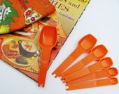 Tupperware Measuring Spoons Orange Set of 6