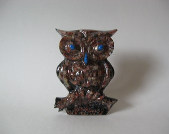 Petrified forest wood vintage crystal craft like resin owl 60s 70s retro kitchen original sticker