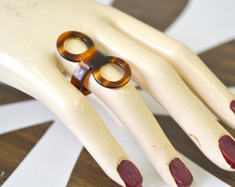 1960s Plastic Double Circles Ring