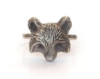 Handmade Silver Raccoon Ring, Oxidized Jewelry, Sterling Silver Woodland Rings, Animal Rings, Woodland Creatures, unique rings for her