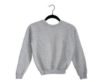 Vintage Gym Track Heather Light Gray Simple Crewneck Sweatshirt, Made in USA - Youth Medium