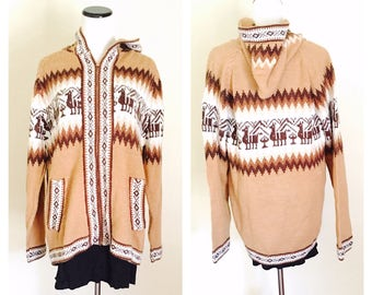 Unisex Alpaca Sweater, hooded, Hand Made souvenir, made in Peru, Winter Fashion, Vintage Looking, one size fits most