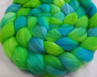 Polwarth/Silk Roving - 85/15 - 4 oz - Lime Green and Turquoise