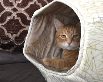 Neutral colors cotton cave style pet bed - the Cat Ball kitty bed in oatmeal, ivory and tan batik fabric that looks like branches