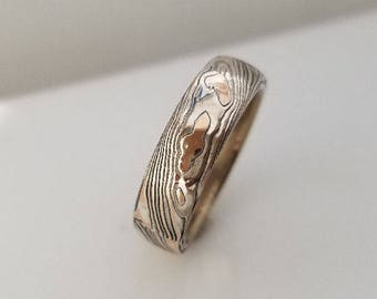 High polish unique wood ring light finish gold mokume gane with great textured feel mixed metal mens band