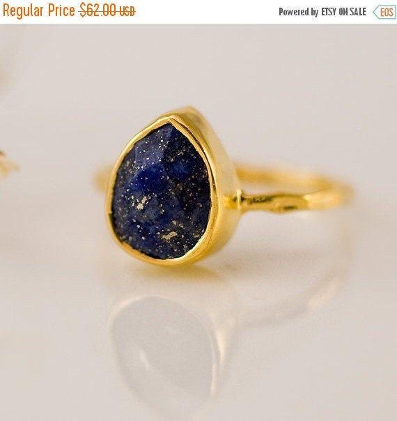 SALE - Lapis Lazuli Ring Gold - September Birthstone Ring - Navy Blue Stone Ring - Stacking Ring - Gold Ring - Tear Drop Ring