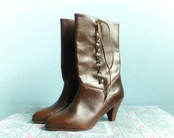 Vintage Women Boots / Brown Leather / Heels Boots Shoes / size 8 - 8.5
