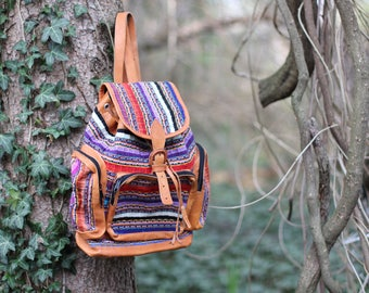 Vintage South American woven backpack daypack market bazaar style - Plenty of storage, beautiful condition