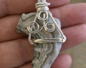 Wire wrapped Necklace - Sliced Geode Pendant - Bohemian Healing Jewelry - Reiki Healing Jewelry - Quartz Necklace - Crystal Healing Necklace