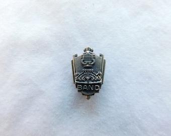 Vintage Sterling Silver Band Award Pin Dr24