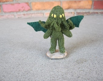Tiny Knitted Chthulhu