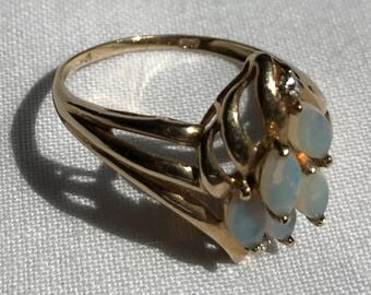 10K Yellow Gold And Opal Ring-Size 9