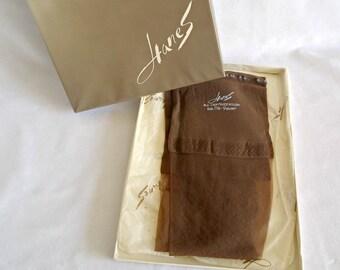 Vintage Seamless Hanes Nylon Stockings Taupe Hosiery Size 8.5-9 Short  In Original Box