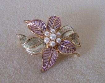 Vintage Flower Brooch with Pearls/Vintage goldtone flower brooch with green and purple enameling/ladies vintage brooch/flower brooch
