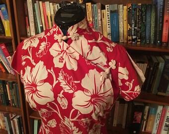 ROYAL HAWAIIAN--Gorgeous Red and White Vintage 1950s Ladies Hawaiian Teatimer--S,M