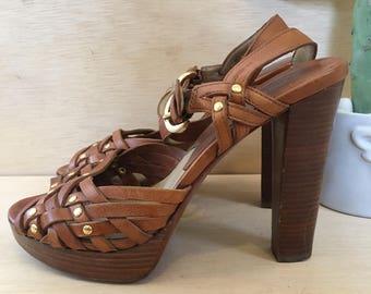 Boho Chic 70s vibe Michael Kors Stacked Wood High Heel Platforms Size 6