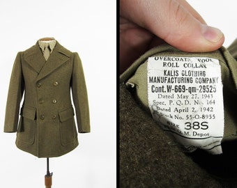Vintage WWII Pea Coat US Army Roll Collar Overcoat 1943 Winter Outerwear - Size 38 S