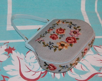 Aqua Floral Embroidered Handbag 1950's Flower Fun