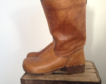 Clog Boots Leather Mid Calf Patina Wood Soles Size 38 (fits like a 37)