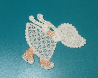 Lace Applique for Crafts or Crazy Quilt - Sunbonnet Sue Goes Ice Skating