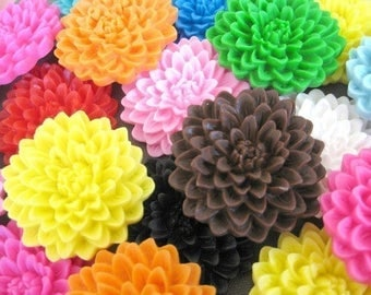 ON SALE chrysanthemum flower cabochons -7pcs-