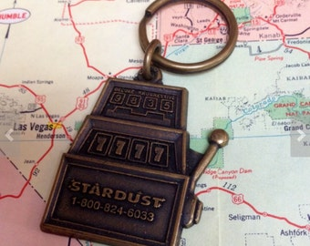 Stardust Casino keyring vintage slot machine metal souvenir keyring