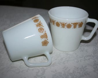 Pair Two 2 Vintage Pyrex Butterfly Gold Coffee Mug Tea Cup Cups Retro Mid Century 1970s