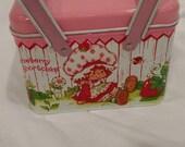 Vintage 1980s Strawberry Shortcake tin box with handles