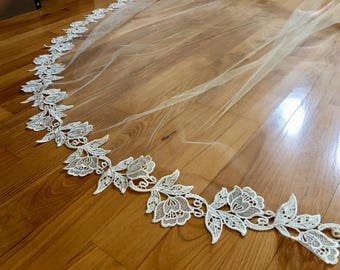 Venice Lace Chapel Veil, Cathedral Wedding Veil, Ivory Cathedral Lace Veil, Ivory Veil, Lace Wedding Veil, Bridal Veil Cathedral, Lace Veil