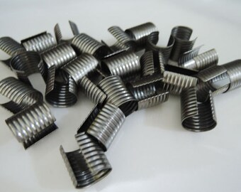 Finding - 6 pcs Black Medium Size Adjustable Crimp Round Tone Tube Curve Fold Over End Cap without Loop 13mm x 12.5mm