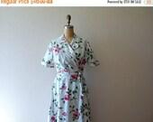 SALE 1940s 1950s rose print dress . wrap house dress