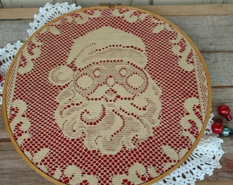 Sweet Vintage Lace Hoop Art Santa Clause - Handmade Retro Filet Lace Christmas Decor, Ivory Lace St. Nick, Wall Art, Home Decor, Holiday Art
