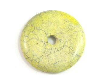 40mm Stone Donut, Natural Yellow Turquoise Stone, Chartreuse Green, Black Matrix Line, Matte Finsish, Primitive Cut, Rustic Pendant