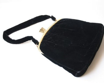 Vintage black velvet purse with gold plated metal closure / evening purse