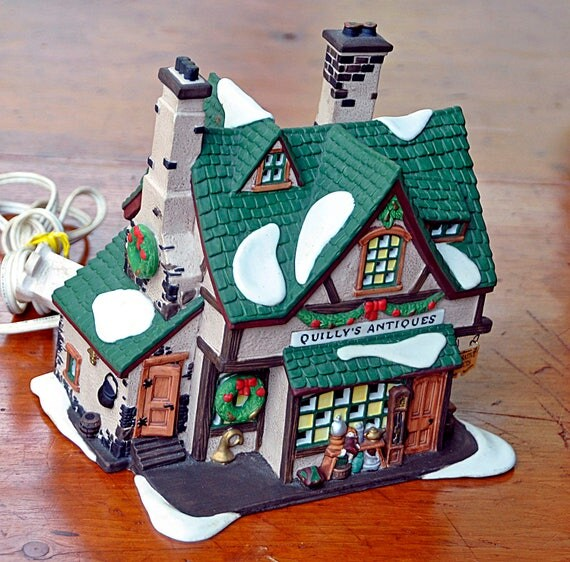 Vintage Collectible Ca 1996 'QUILLY'S ANTIQUES' Heritage Collection Dickens' Village Series Year Retired 1999 Dept 56 Excellent Condition