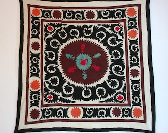 Handmade Vintage Suzani BL801