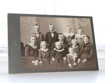 Victorian Family Cabinet Card Photograph Antique 1800s