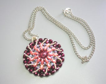 Tutorial - Bellis - Rivoli, Fire Polish, Super Duo, and seed beads beading tutorial Pendant